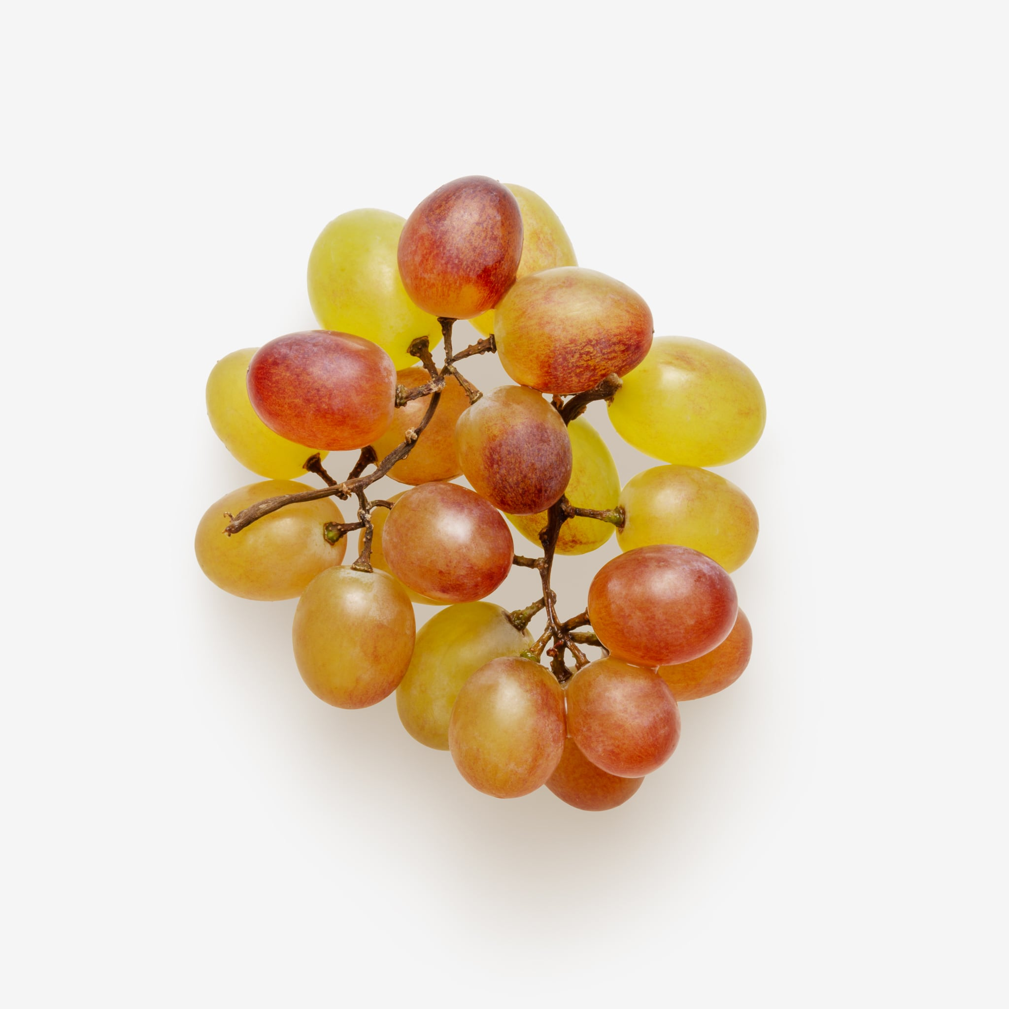 Bunch of grapes PSD image on transparent background